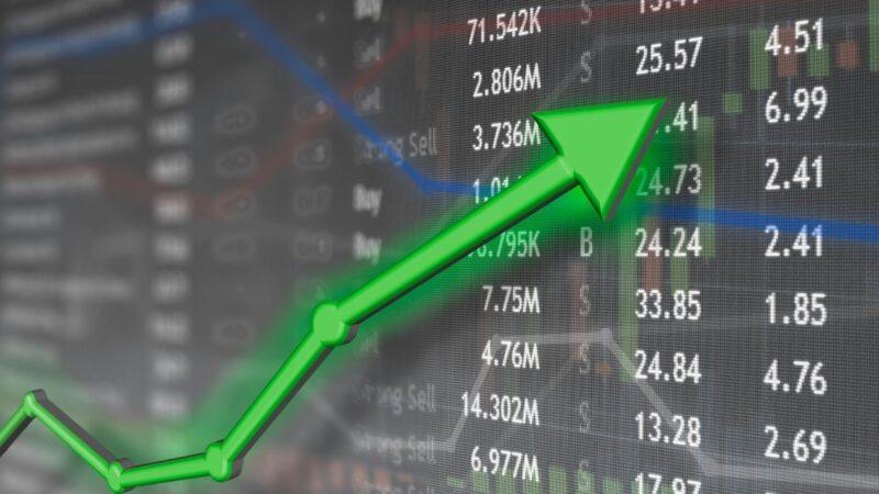stock market simulator accuracy